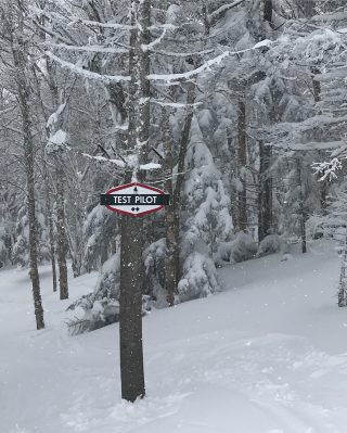 With 5+ feet in the last week this place is going off! #testpilot #stratton #glades #jonesflagship #winteraintover #notevenclose